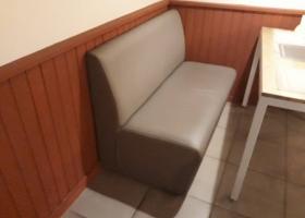 Б.у диван для кафе