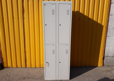 Б.у металлический шкафчик для раздевалок (персонала)