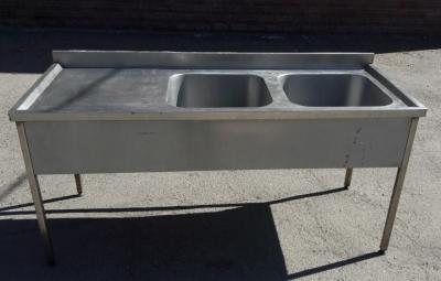 Бу двухсекционная стол-мойка из нержавейки