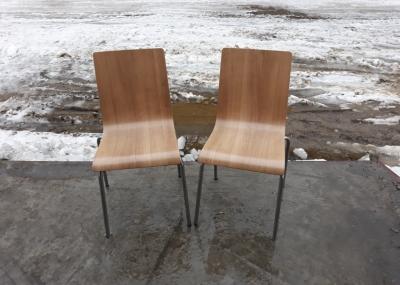Деревянные стулья б.у на металлических ножках