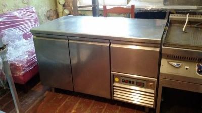 Бу холодильный стол Olis