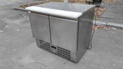 Холодильный стол бу