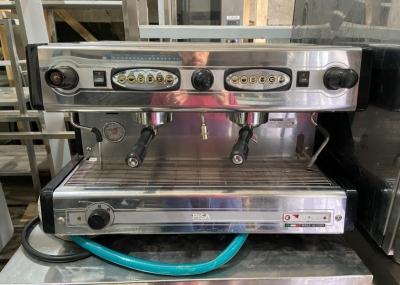 Профессиональная двухпостовая кофемашина б.у Sanremo