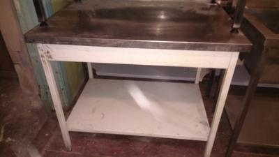 Стол из нержавеющей стали для общепита бу