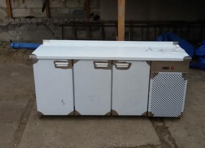 Стол холодильный
