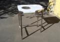 Стол с отверстием для мусора