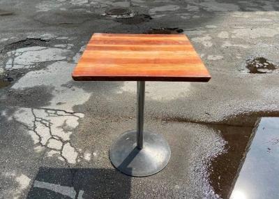 Столы бу в кафе квадратные